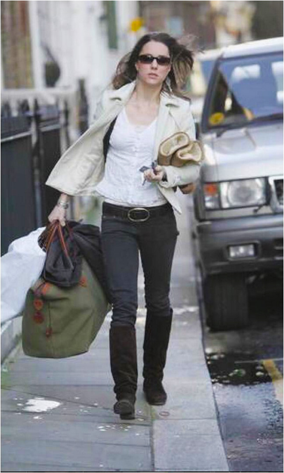 Kate Middleton and Tusting Explorer Bag luggage in London in 2007