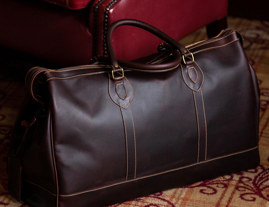 10 Top Tips for Choosing A Luxury Weekend Bag